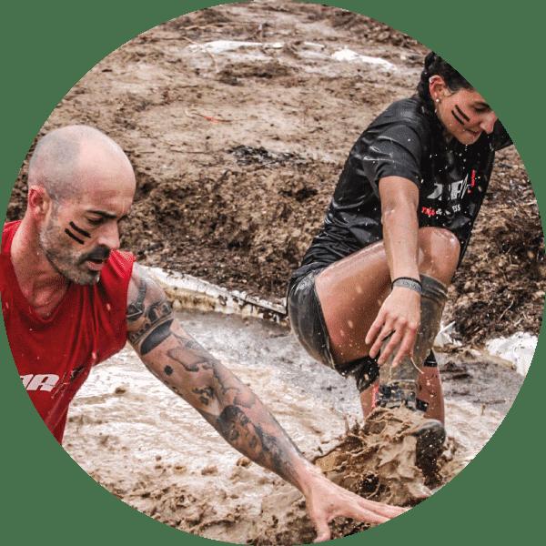 obstaculos survivor race pozas